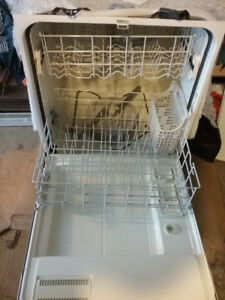 Kenmore Dishwasher white very clean works great but used