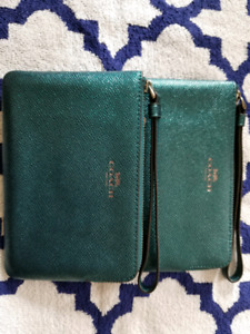 BRAND NEW COACH WRISTLET ⭐1 teal green ⭐ ⭐price reduced⭐