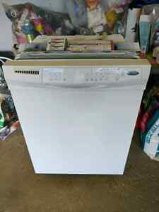 Whirlpool Dishwasher (doesn't fill) Edmonton Edmonton Area image 1