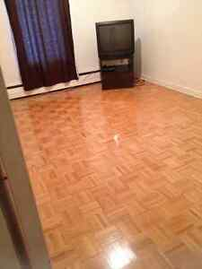 ROOM FOR RENT-ALL IN-MUST SEE!