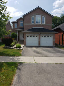 4 + 1 Bedroom House for Rent