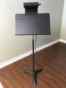 Manhasset Music Stand and Stand Light - Excellent Condition