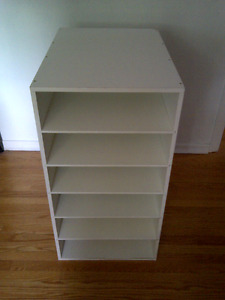 Deep White Shelving Unit With 4 Interchangeable Levels