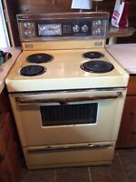 Excellent Condition Moffat Stove
