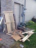 Free wood and pallets