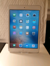 Apple iPad Mini 1 Silver 16GB Wifi Only Model + FREE DELIVERY