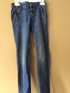 Old Navy size 8 and 10 skinny jeans for girls West Island Greater Montréal image 3