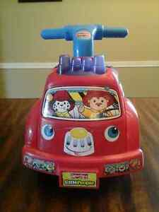 Fisher Price Little People Ride On Firetruck