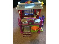 Imaginext Spider-Man hideout with figures