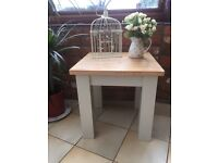 Solid oak coffee/side table