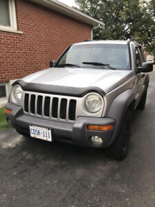 AS IS — Make me an offer — 2004 Jeep Liberty