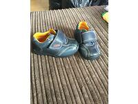 Clarks 5H shoes