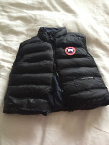Reversible Canada Goose 4T toddler vest