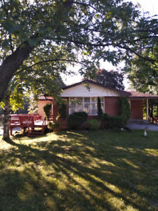 Main floor of House for Rent ****Peterborough WEST***