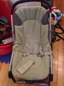 PEG PEREGO BEBE CHAIR 20$( WITH MUSIC)