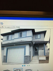 Half duplex house for rent in Rutherford community SW Edmonton
