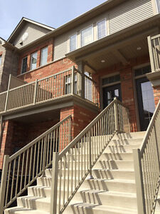 Gorgeous Lakefront Townhouse Grimsby