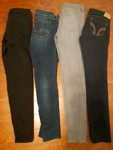 Womens Jean's size 26 to 28