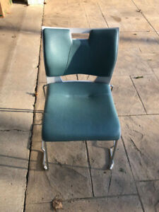 Used Ergonomically built office chairs