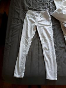 Size small white pants