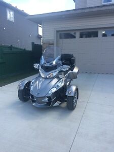 Absolutely Mint, 2012 Can Am Spyder RT