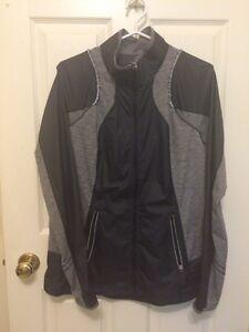 Lululemon coat size 10