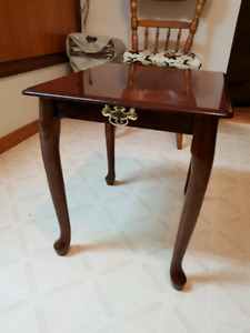 Sweet Decorative End Table