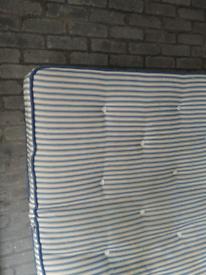 (Free)king size bed mattress