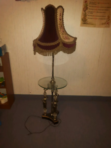 Living room lamp with table