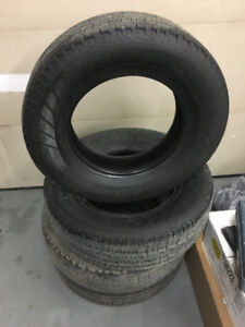 Hankook 235 75 17 Lots of tread $220 for all 4