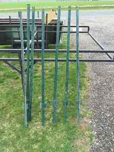 8 Metal Fence Post Steaks 5' Long,Pail Of Post Tops/Brackets