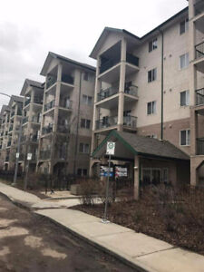 2 bedroom-2 bath apartment near to LRT station Utility included