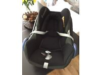 Maxi cosy stage 1 car seat