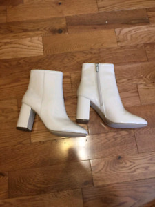 New: Size 9 women's Urban Outfitters, 3 inch heel boots.
