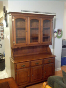 Solid wood, Canada made, hutch and cabinet, delivery available.