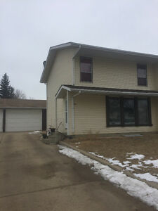 1/2 duplex for ready for rent Beginning of May