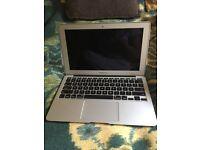 MacBook Air 11.6 core i5 1.6 GHZ 64GB SSD 2GB MC968LL/A ( June 2011)