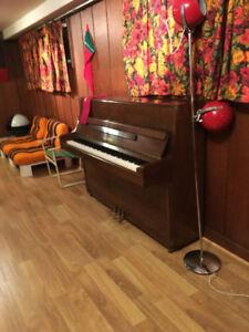 Beautiful Yamaha- Upright Piano for Sale!!
