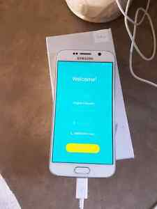 *cracks on screen WHITE samsung galaxy s6 with bell