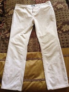 Ladies Size 12/14 Brand Name Pants Cambridge Kitchener Area image 3