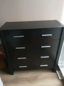 Chest of drawers plus 2x matching bed side tables, dark brown