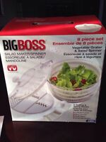 Salad spinner and vegetable slicer all in one