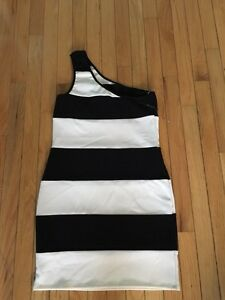 Black and white 1 strap fitted dress $10