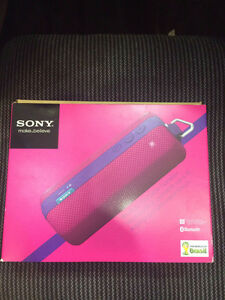 SONY SRS-BTS50 Portable stereo Speaker Bluetooth Wireless 2.0