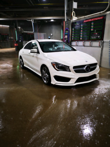 Mercedes Benz CLA250!! AWD!! LOW KMS!!