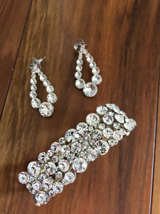 Wedding/Formal Drop Earring and Bracelet Set