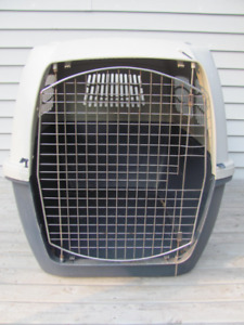 Extra large dog crate 40 inches long x 26 w x 29 inches high $68