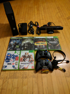 Mint Xbox 360 S 250G Kinect Bundle