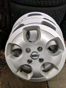 4 Winter tires 195/65/R15