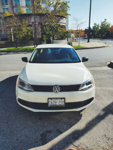 2013 VW JETTA COMFORTLINE (LOW KIMS) NO LOW BALL OFFERS